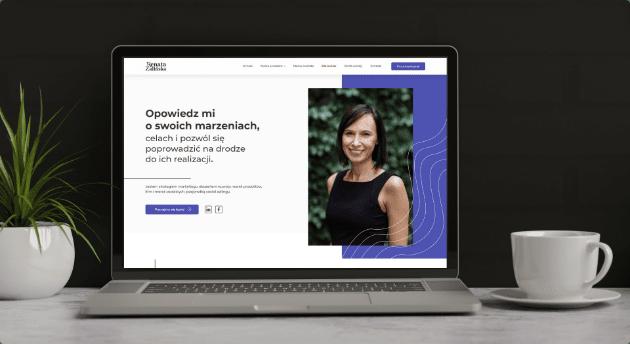 Renata Zalinska website on a computer display